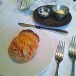 アキュイール - ル・シュクレ・クールのバケット ゲランドの塩・発酵バター