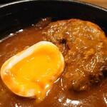 肉匠の牛たん たん之助酒場  - 美しい半熟卵