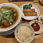 江南 - 春巻きセット(柳麺、春巻き、ザーサイ浅漬け、半ライス)