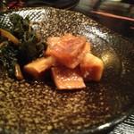 割烹たけ - 2012黄金丼:付け合せの亀戸大根味噌漬