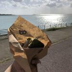 ポーたま - 料理写真:海辺で食べます。