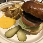 ザコーナー ハンバーガー - サイドはフライドポテト