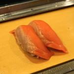 栄寿司 - 2012.11 サーモン(1貫100円)