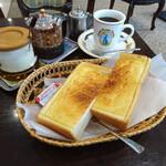 琥珀亭 - A:バタートースト630円