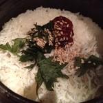 15945698 - しらすと梅紫蘇土鍋