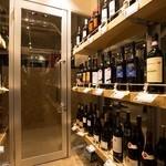 Buono! ヨシザキ - ◆自慢のワインセラー◆お好みのワインが見つかります♪