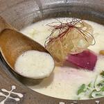 麦×鶏 - エスプーマ鶏白湯雲丹