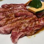 肉の割烹 田村 - 道産牛カルビアップ
