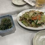 千両 - ほうれん草の胡麻和え&肉野菜炒め。