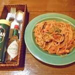 旬菜 籐や - 茄子とベーコンのトマトソースパスタ