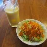 サンティ - ランチセットのサラダ&ドリンク。