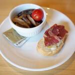 ポークハンバーグと小皿料理 エリッセ - 料理写真:ランチ