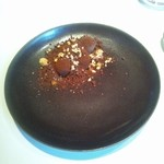 アキュイール - トリュフに見立てたトリュフ マロンソース 秋らしい一皿