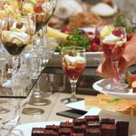 ブッフェダイニング ポルトフィーノ - 料理写真:【ライブパフォーマンスブッフェ】20種類以上のデザート・フルーツ