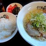 壱丁目ラーメン - お昼はご飯のセットが+100円