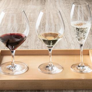料理と楽しむ豊富なワイン