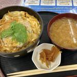 まるひで食堂 - ゆばかつ丼 950円
