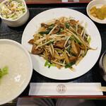 多福菜香 - レバーにら炒め定食