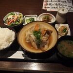 159571487 - 煮魚定食
