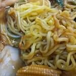 多福菜香 - 麺の焼き加減は甘め