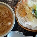 そば処 武蔵 - 料理写真:天ぷらそば