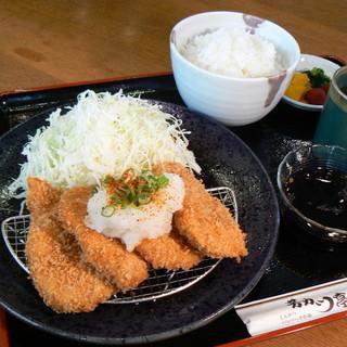 芳カツ亭 - 料理写真:みぞれカツ定食¥1280 大根おろしと特性ポン酢でさっぱりと・・・