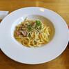 マザーハーツ - 料理写真:角切りベーコンのカルボナーラ