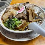 かし亀 - 料理写真:生姜醤油チャーシュー麺