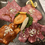 焼肉明成館 - 料理写真: