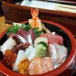 浜誉 - 海鮮ちらし寿司