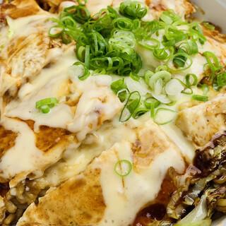 広島流お好み焼き 秀 - 料理写真: