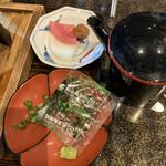 Kankuuonsenhoterugademparesu - お茶漬けセット お出汁、香の物