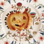 手作りパン キムラヤベーカリー - かぼちゃのパイ、笑ってる(*´︶`*)