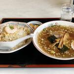 龍蘭 - 料理写真:チャーハンとラーメンセット 1,000円