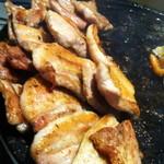 15967238 - 焼き上がったお肉