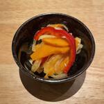 肉の宇佐川 - ピクルス
