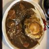 キッチンニュー南海 - 料理写真:ハンバーグカレー 930円。目玉焼き 100円トッピング