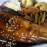 青柳食堂 - ほっけのタレ焼きアップ