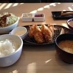 ○かつ亭 - 牡蛎フライ御膳
