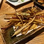 酒と料理のなつ - 鳴門金時カリカリフライドポテト 420円