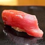 日本橋蛎殻町 すぎた - 鮪の背トロ