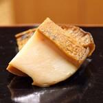 日本橋蛎殻町 すぎた - 千葉県勝浦産の黒アワビ
