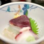 魚力 - 3種の刺身も新鮮で美味しかったです♪