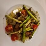 プティタプティ - 料理写真:リードヴォーと海老の炒め