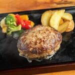 熟成牛ステーキ&プレミアムハンバーグ Gottie'sBEEF -