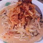 山小屋 - 料理写真:ゴマ味噌ごった煮らーめん