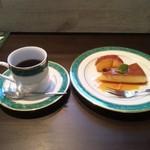 ミモザの花 - デザートとコーヒー