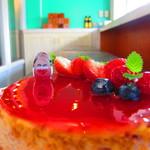 Cafe AZZURRO - 2012 クリスマスケーキ 5種のベリーのチーズケーキ
