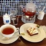 ノーム - 紅茶とケーキ