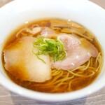 中華そば 和渦 TOKYO - 料理写真:醤油そば850円